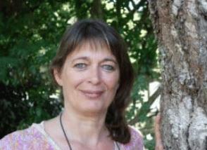 Anne DE BONNEVILLE